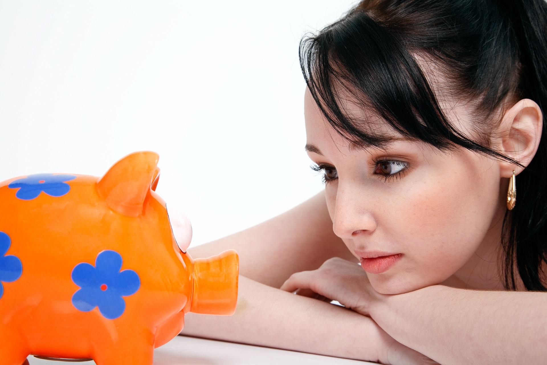 Kiemelten fontos a fiatalok pénzügyi tudatosságának erősítése