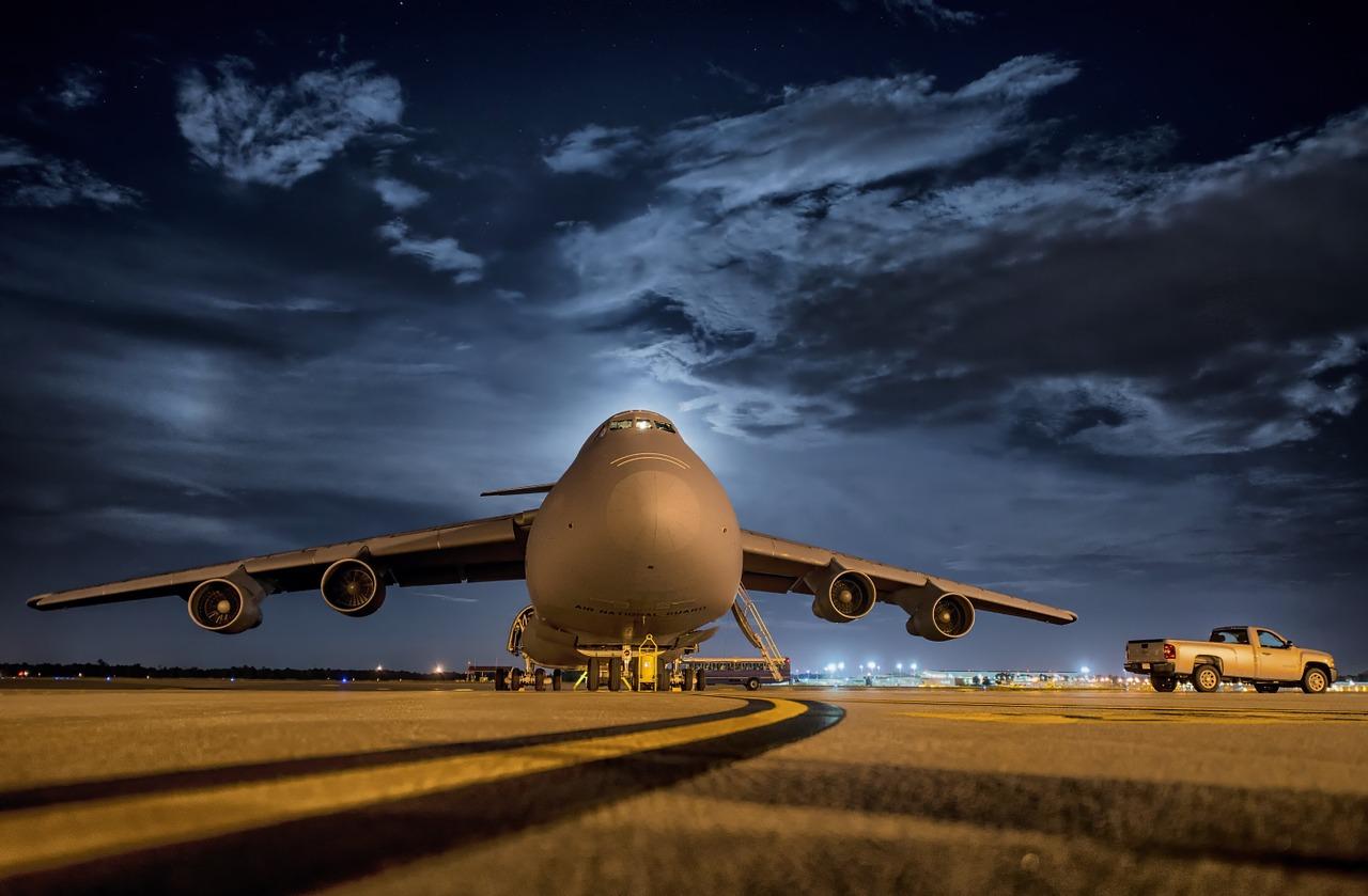 Tarlós ígéri: megszűnik az éjjeli repülés Budapest felett