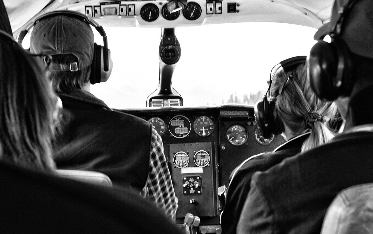 Több ezer pilóta 250 millió dollárra perli a Boeinget