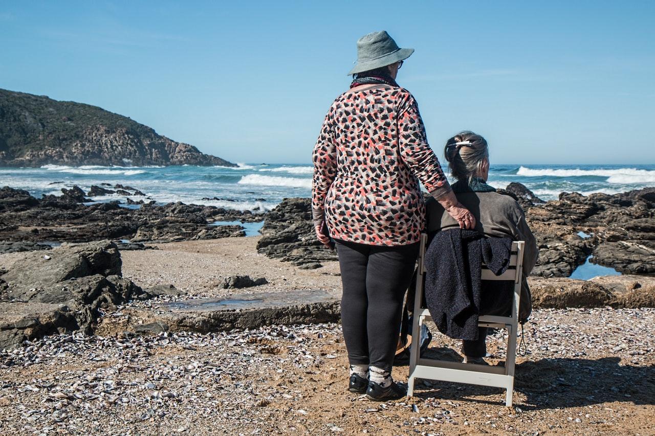Feleződhet az özvegyi nyugdíj 64 év fölött - íme, a fontos tudnivalók