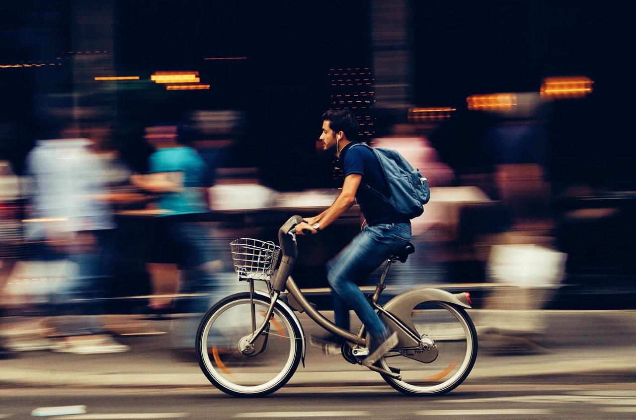 Kerékpárutakat is terveztet a NIF