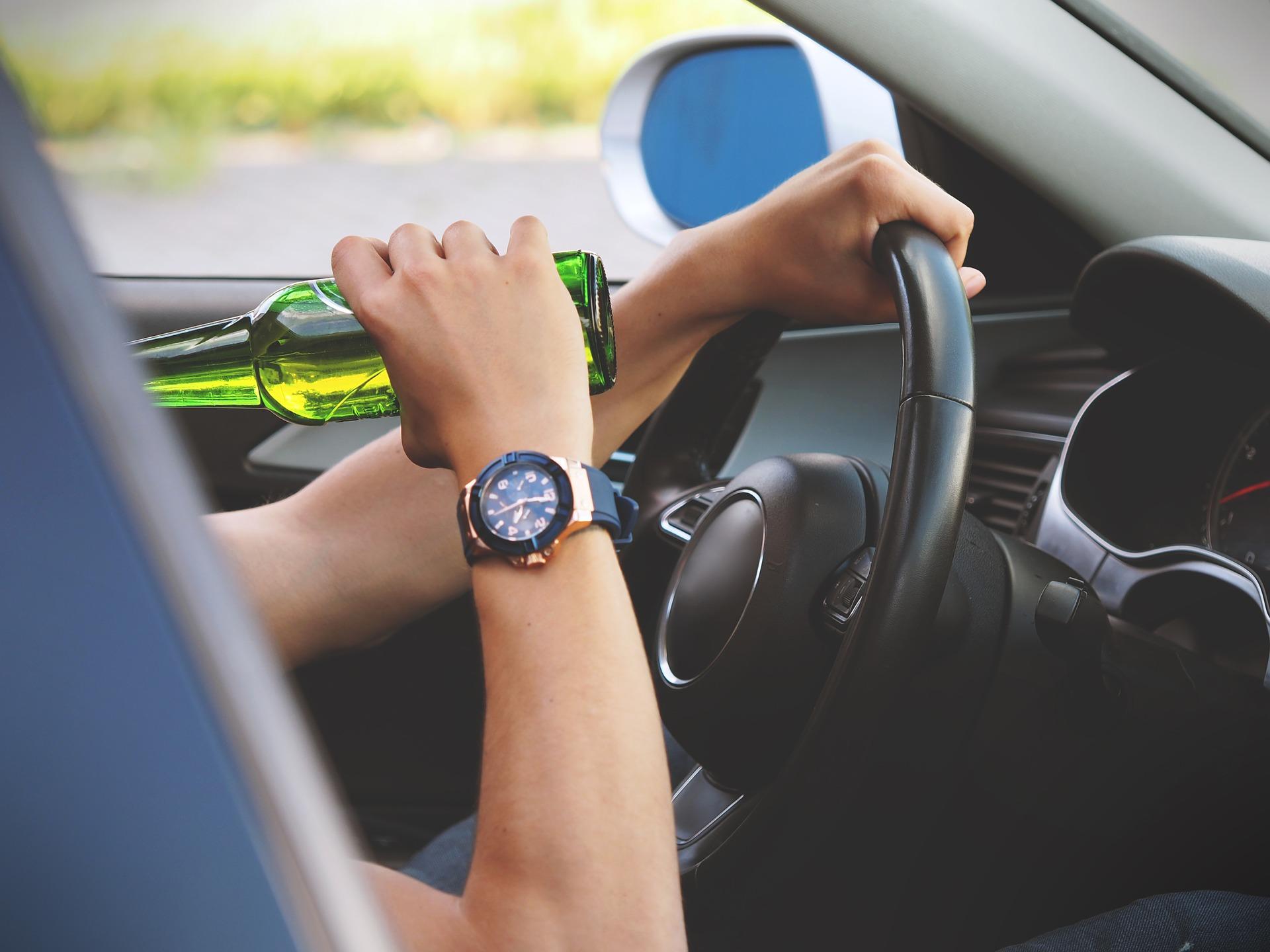 Évente 5 ezren halnak meg az EU közútjain alkohol okozta balesetben