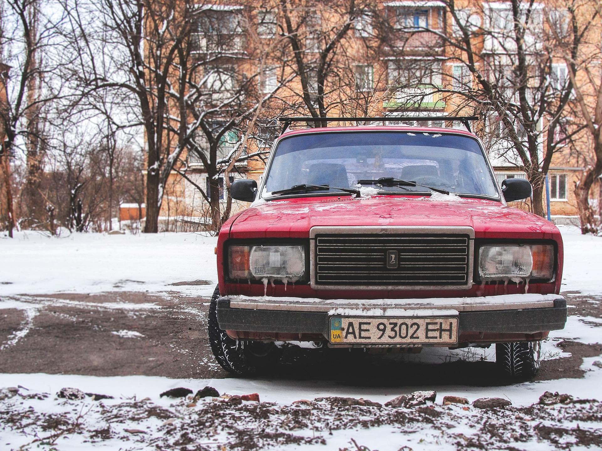 Ennyi Lada, Trabant, Wartburg, Skoda, Polski Fiat és UAZ van az utakon