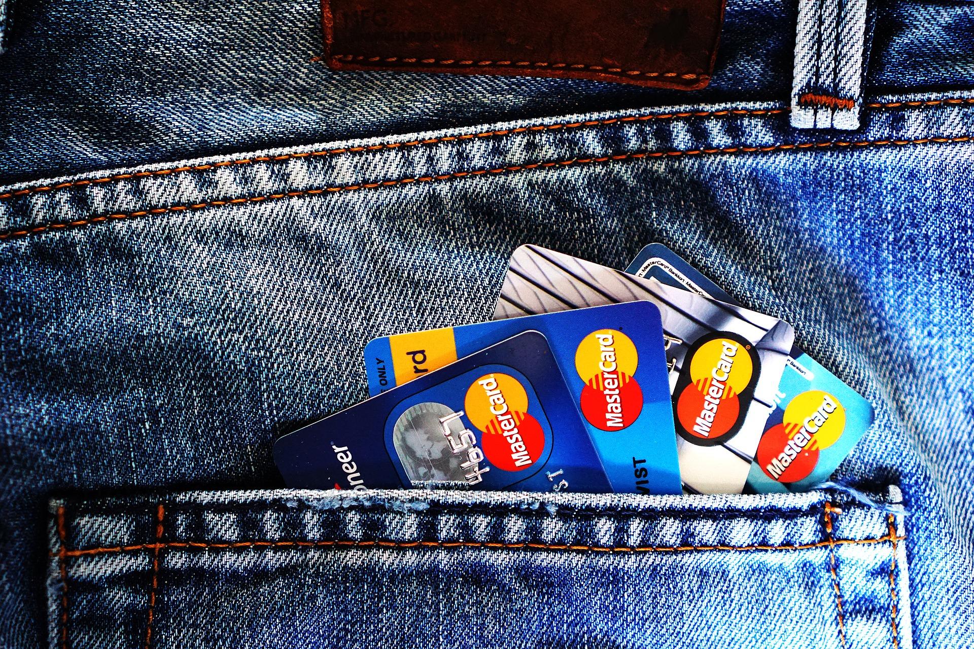 Töretlen bővülés a kártyás fizetési forgalomban