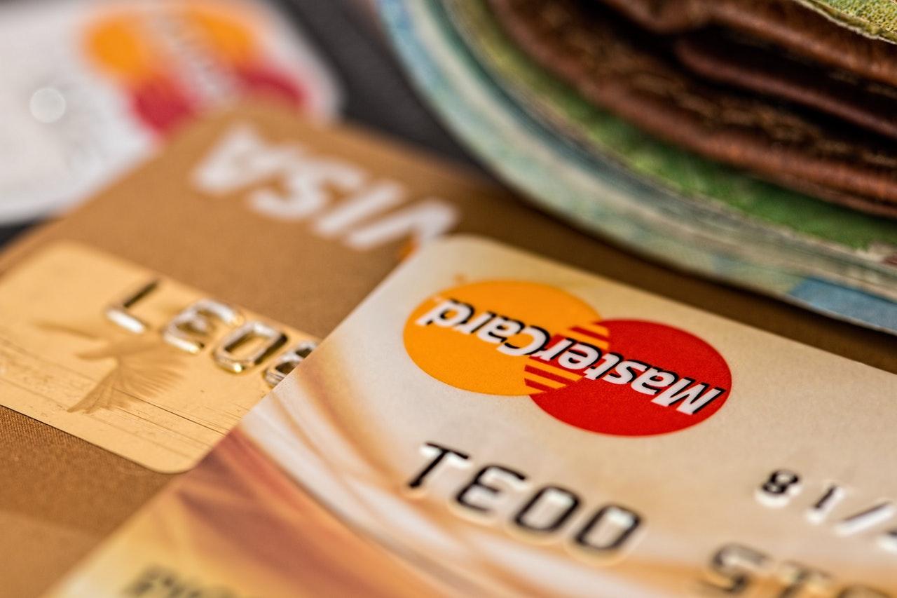 Minden eddiginél több fizetési kártya van forgalomban