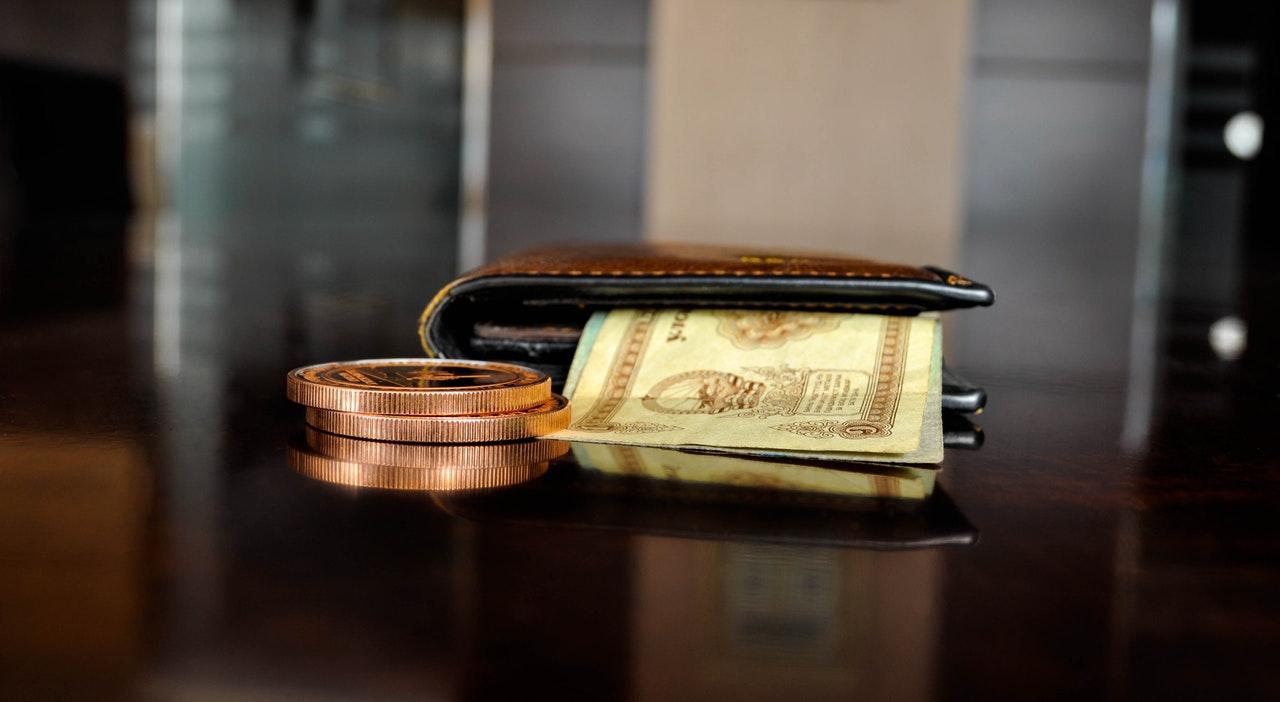 Egyablakos bankváltás: akár több tízezer forint is megspórolható