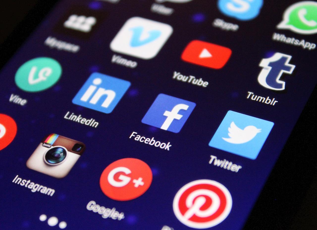 Hasznos tanácsok a közösségi médiumok felhasználóinak