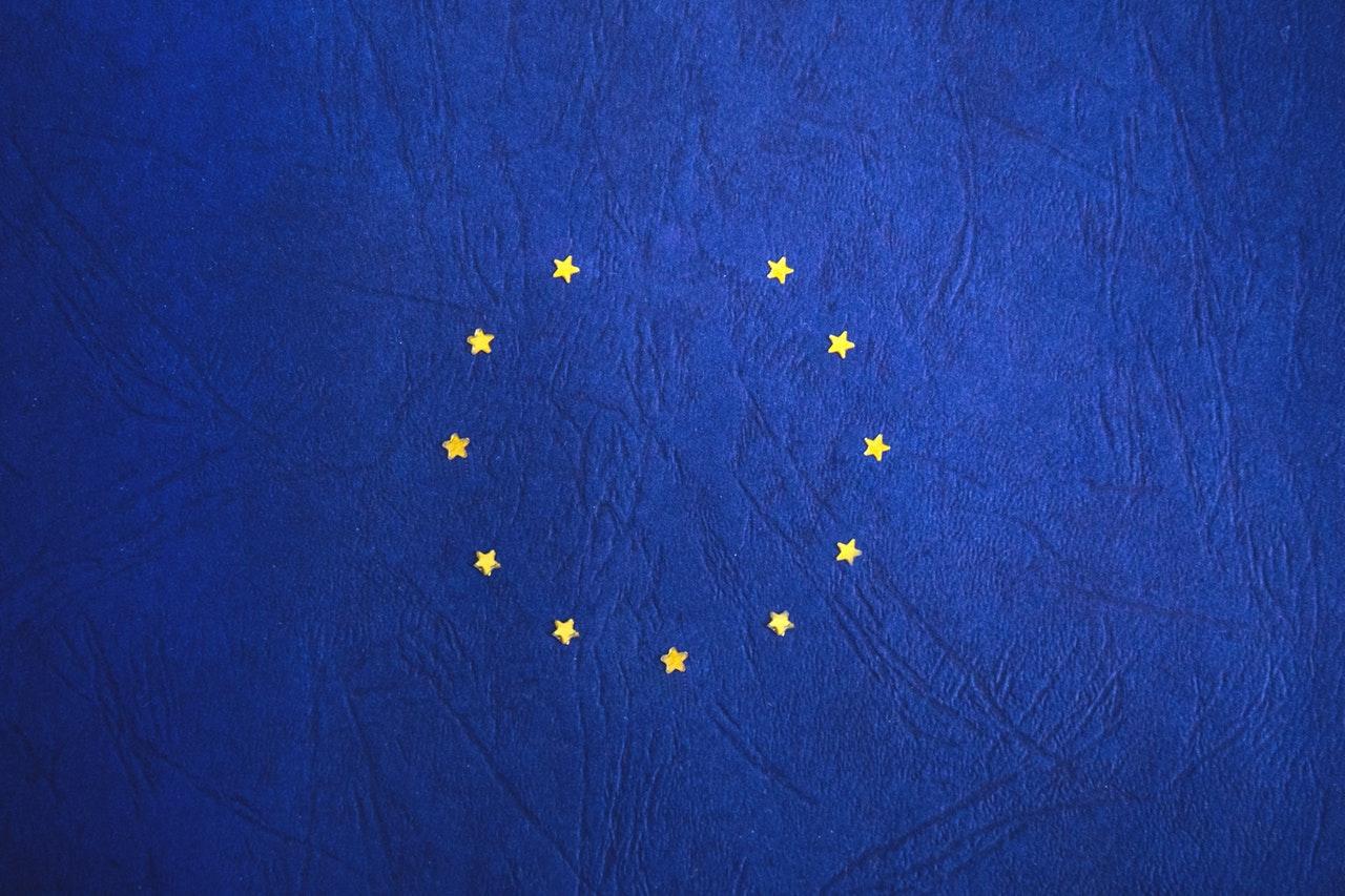 Jön az egységes uniós személyi igazolvány