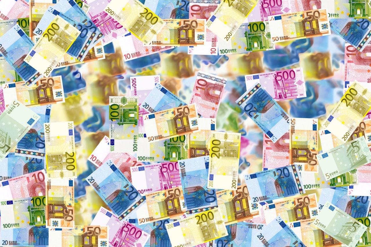 Munkerőköltségek az EU-ban: több mint nyolcszoros különbségek