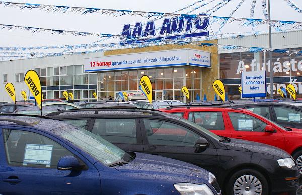 Súlyos büntetés az AAA autókereskedésnek