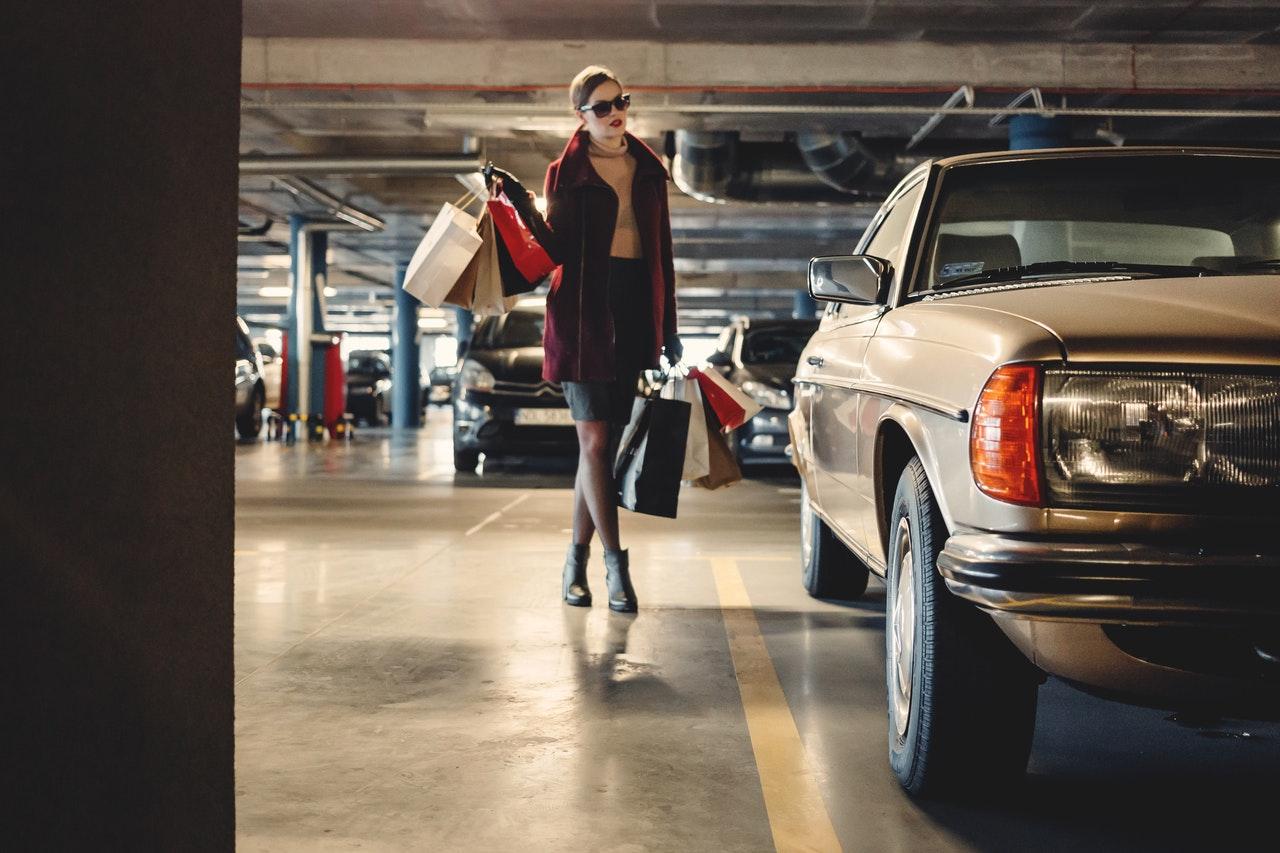 Mikortól nem vehetünk benzines autókat? Bemondott egy dátumot a Continental-vezér