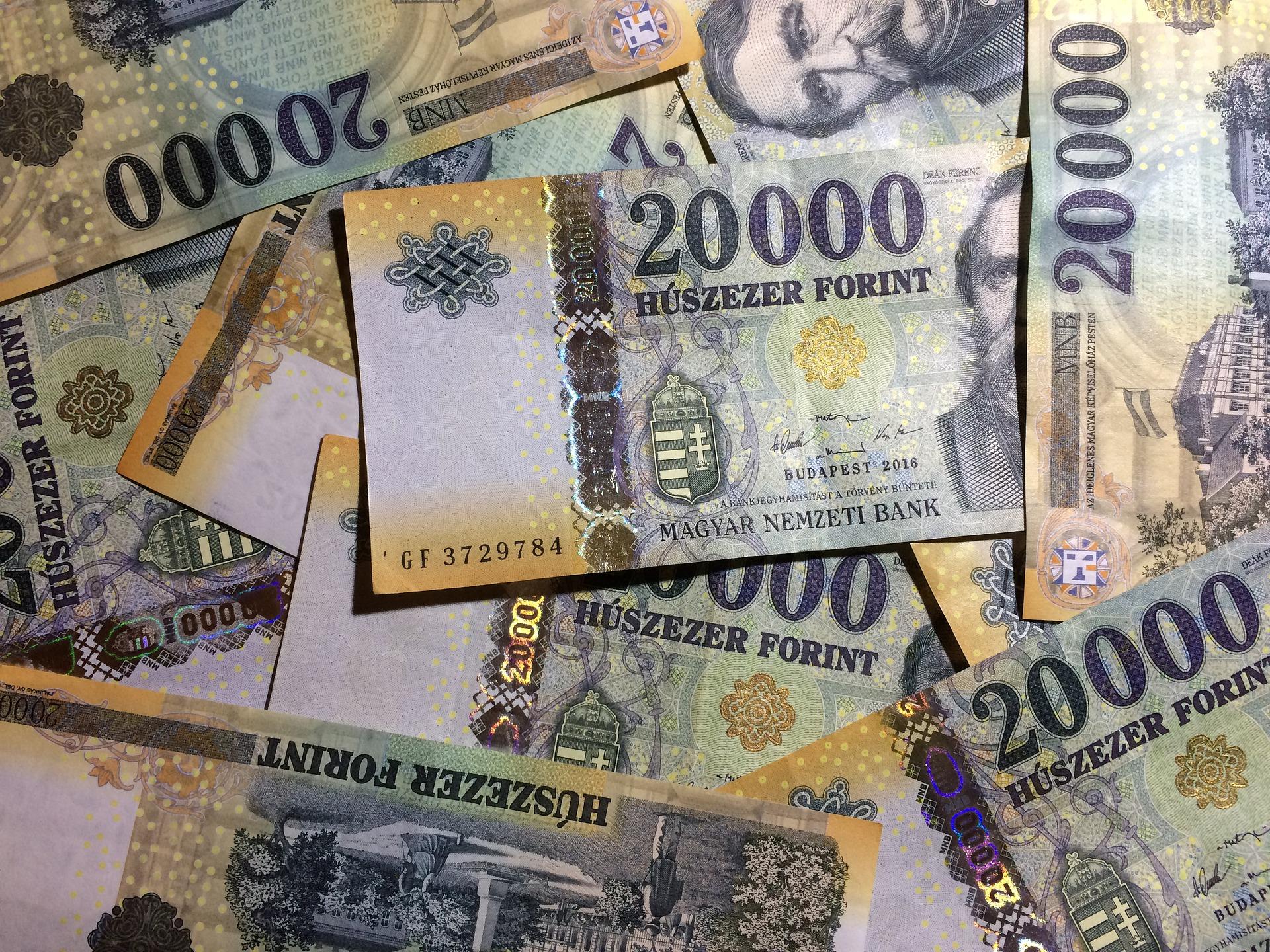 A magyar bankjegyek is két hétig karanténba kerülnek