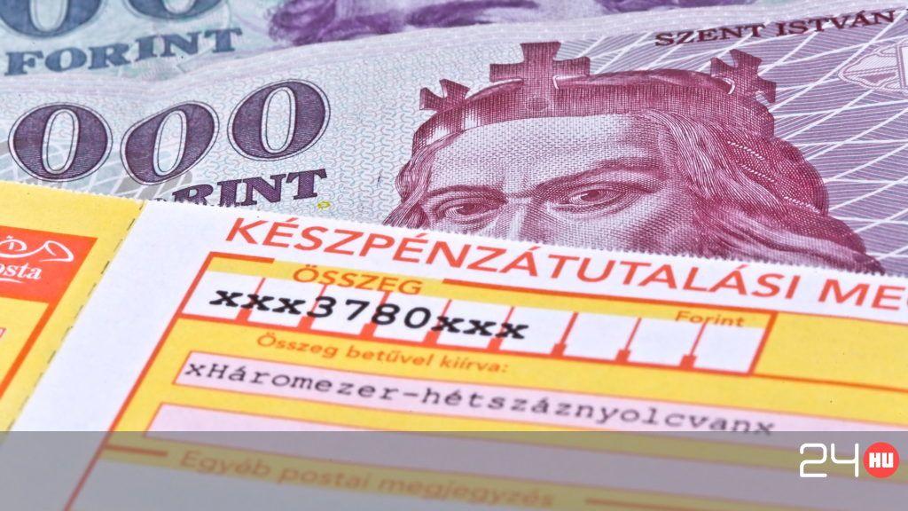 Még a csekkbefizetést is lehet online intézni!
